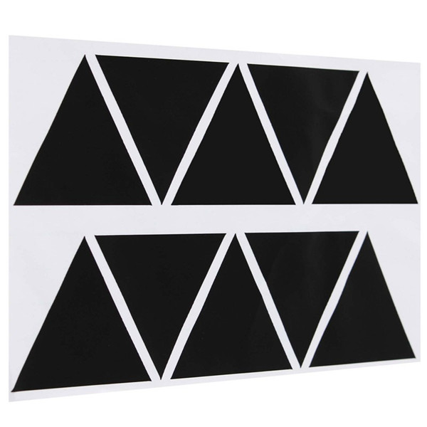 logo 4 triangles noirs